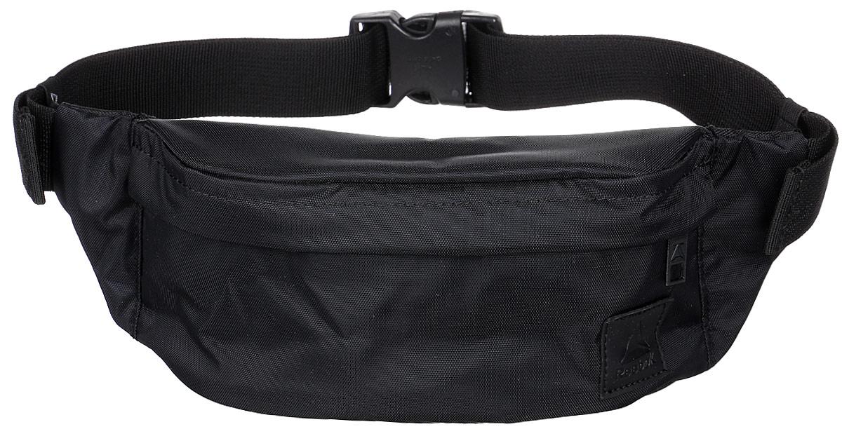 Сумка на пояс Reebok Style Found Waistba, цвет: черный. CD2180CD2180Надень эту сумку на пояс и отправляйся навстречу приключениям. Внутри основного отделения на молнии есть несколько отсеков, куда можно положить телефон, бумажник и ключи. Регулируемый ремень позволяет носить сумку на поясе или на плече. Так, как удобно тебе!Материал: 100% нейлон, легкий и в то же время прочный тканый материалРазмеры: 10.5 х 32 х 6 смУдобный регулируемый ременьКарман на молнии спередиПотайной карман сзади