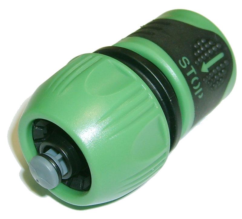 Соединитель универсальный Skrab, аквастоп, 1/2-5/8-3/4. 2826028260Универсальный соединитель делает возможным соединение нескольких элементов системы полива. В частности, производит крепление шлангов с диаметром 1/2 - 5/8 - 3/4 с помощью надежного крепежа. Закреплять шланги в соединитель легко и удобно благодаря захватам, изготовленным из мягкого полимера. В момент разъединения соединителя со шлангом или распылителем автоматическое прекращение подачи воды происходит за счет применения функции Aqua Stop.Стандартная система стыкового соединения позволяет использовать соединитель для крепления со многими другими приспособлениями.