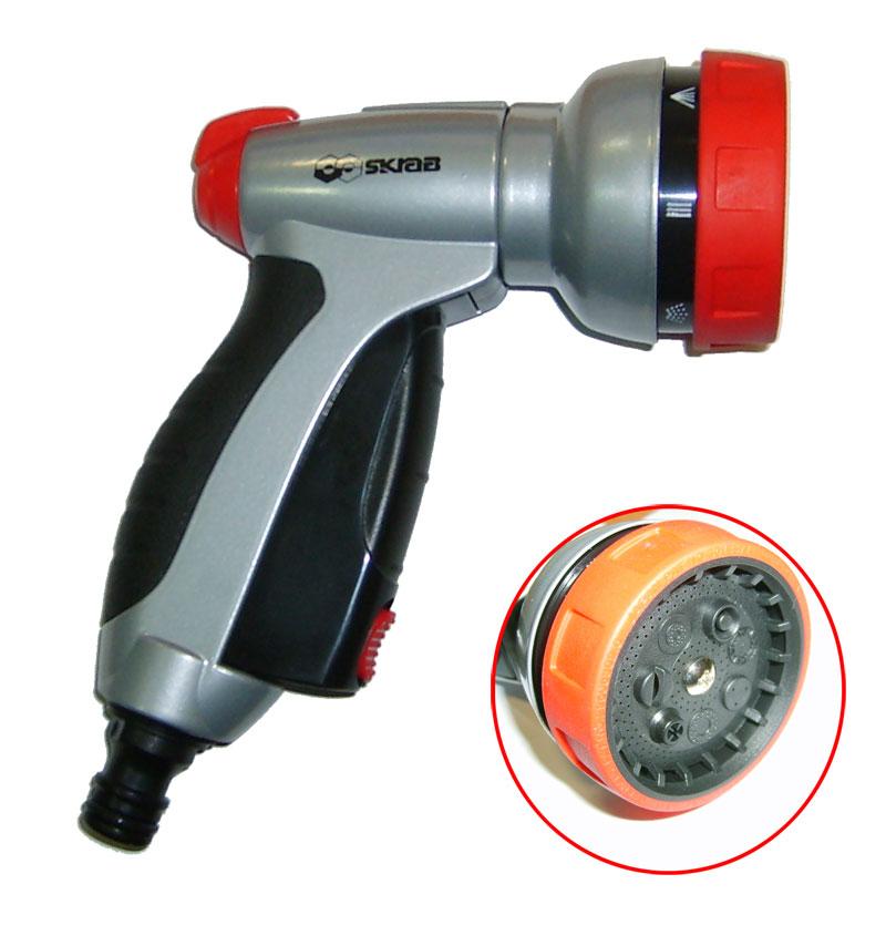 Пистолет-наконечник для полива с курком имеет 7 фиксированных режимов регулировки полива и 2-х режимную работа курка (с фиксацией и без). Оснащён штуцером для быстросъёмной муфты.