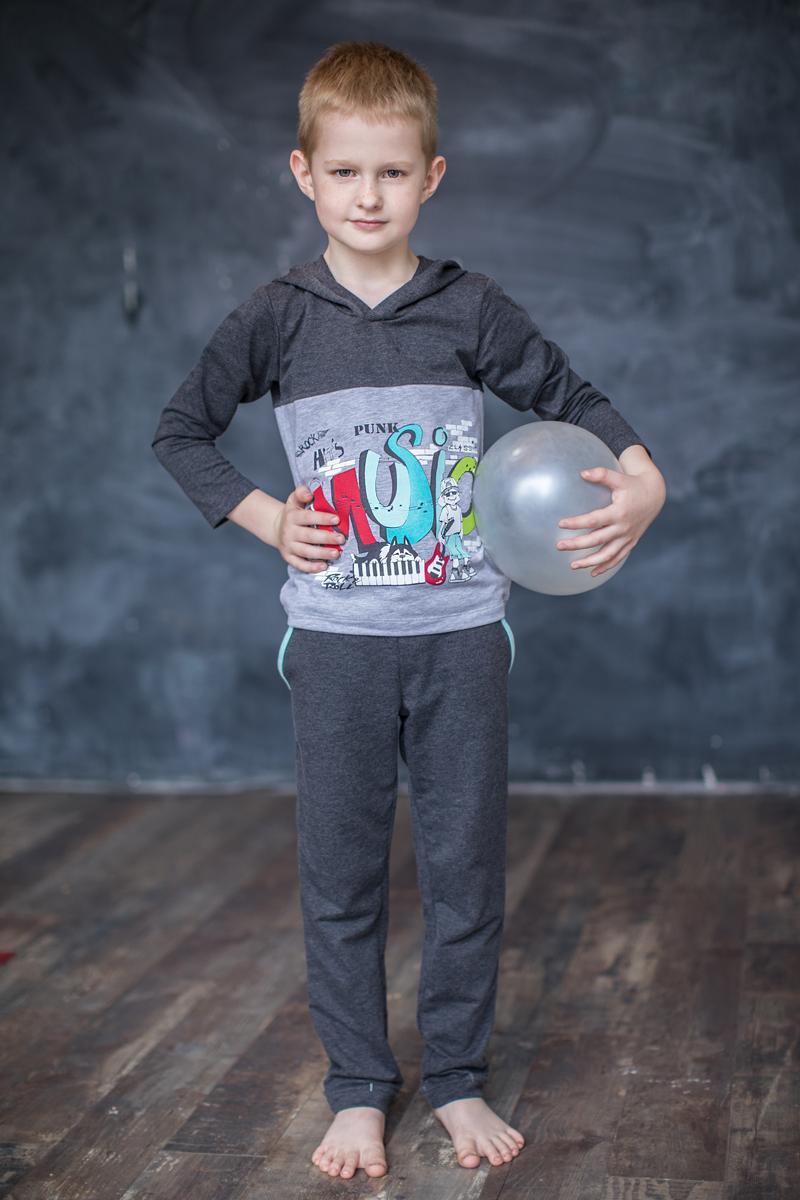 Брюки спортивные для мальчика Мамуляндия Music, цвет: серый. 17-0301. Размер 11017-0301Спортивные брюки для мальчика Мамуляндия из коллекции Music выполнены из трикотажного полотна высшего качества (футер). Модель имеет эластичный пояс. Брючины дополнены декоративными отворотами. Спереди расположены два втачных кармана.