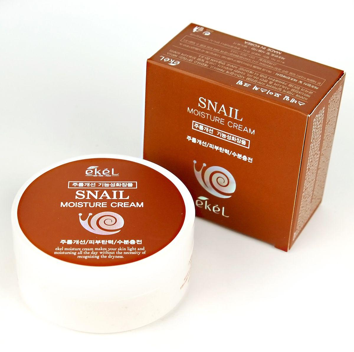 Ekel Увлажняющий крем с муцином улитки, 100 мл537221Высокая концентрация полезных для кожи веществ в креме с улиточным муцином сделает вашу кожу гладкой, шелковистой и упругой. Фильтрат секреции улитки решает ряд проблем разных типов кожи. Снижает жирность, предотвращает появление блеска.Увлажняет и питает сухую кожу, насыщая ее влагой, придавая упругости и тонуса. Увядающей коже помогает бороться с признаками усталости, разглаживает мелкие морщинки, придает свежий и отдохнувший вид. Крем с улиточным муцином обладает плотной консистенцией, хорошо распределяется по коже, быстро впитывается, не оставляя жирной пленки. Крем питает и увлажняет, борется с возрастными изменениями кожи, создает защитный барьер, препятствующий обветриванию, ожогам и прочим неблагоприятным воздействиям окружающей среды.