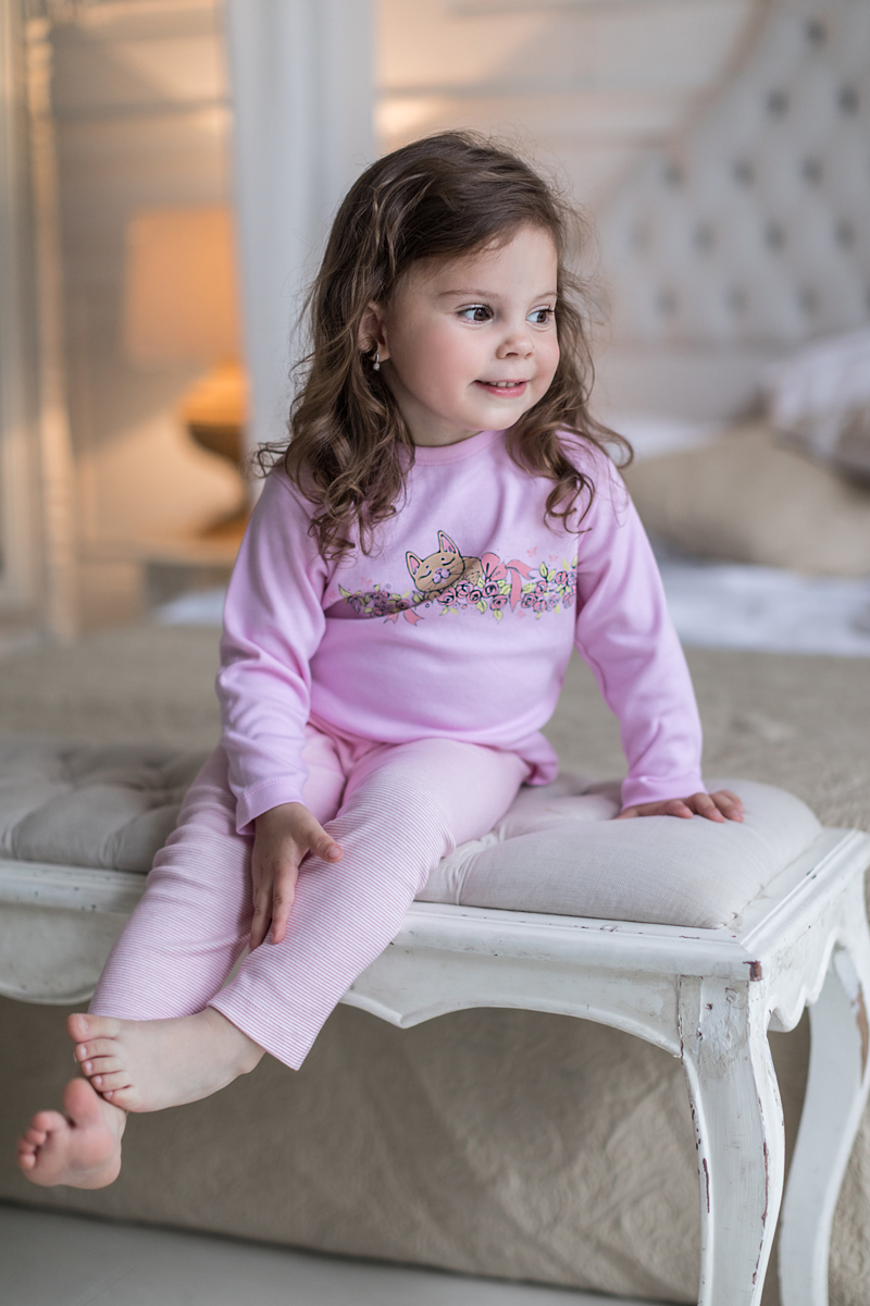 Леггинсы для девочки Мамуляндия Мультяшки-Девочки, цвет: розовый. 17-612. Размер 9217-612Леггинсы для девочки Мамуляндия Мультяшки-Девочки изготовлены из натурального хлопка. Леггинсы имеют эластичную резинку на поясе. Модель оформлена принтом в полоску.