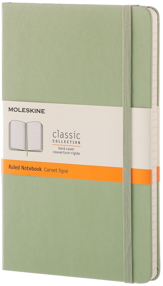 Moleskine Записная книжка Classic Large 120 листов в линейку цвет зеленыйQP060K12Простая, но уже ставшая классикой записная книжка Moleskine Classic Large в клетку станет вашим стильным попутчиком. Она идеально подходит для подсчетов, записи мыслей и заметок. Имеет картонную обложку со скругленными углами, закладкой, эластичной застежкой и вместительным внутренним карманом, куда вложена открытка с историей Moleskine.