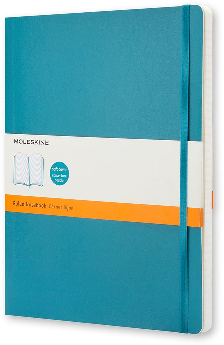 Moleskine Записная книжка Classic Soft Xlarge 96 листов в линейку цвет бирюзовыйQP621B6Записная книжка Moleskine Classic Soft имеет цветную мягкую обложку со скругленными углами и обладает всеми преимуществами легендарной записной книжки Moleskine. Обложка гибкая и прочная. Плотные бумажные страницы только и ждут того, чтобы вы заполнили их своими идеями. Записная книжка дополнена лентой-закладкой, эластичной застежкой и вместительным внутренним карманом, куда вложена открытка с историей Moleskine.Эта записная книжка бесспорно станет надежным спутником в путешествии и поможет сохранить яркие впечатления, воспоминания и наблюдения.