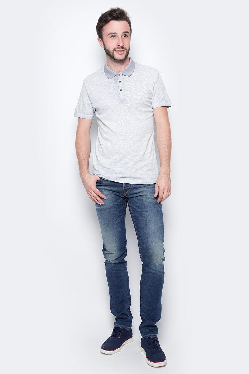 Поло мужское Finn Flare, цвет: светло-серый. S17-42015_211. Размер M (48)S17-42015_211Поло с короткими рукавами есть в летнем гардеробе любого мужчины. Это невероятно удобный и в то же время стильный элемент образа, ведь помимо приталенного кроя и удобного для комбинирования цвета, вы можете наслаждаться комфортом благодаря качественному составу ткани. Такую модель можно сочетать в джинсами, летними брюками и даже шортами.