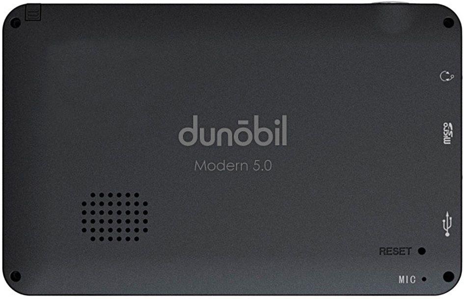 Dunobil Modern 5.0, Black автомобильный навигатор934PLQDDunobil Modern 5.0 — многофункциональный GPS-навигатор с высококонтрастным экраном диагональю 5,0 дюйма, разрешением экрана 480*272 пикселей и встроенной памятью объемом 4 Гб. Операционная система Windows CE 6.0 на базе процессора Mstar MSB2531, ARM Cortex-A7 и предустановленная во внутреннюю память устройства навигационное программное обеспечение Навител Навигатор делают эту модель компактной, но вместе с тем высокофункциональной. Предустановленное программное обеспечение дает пользователю возможность самостоятельно управлять обновлением Навител Навигатор и скачивать актуальные карты России, Европы и Азии. Устройство оснащено FM-трансмиттером, а также обладает обширными мультимедийными возможностями. Этот GPS-навигатор воспроизводит разнообразные аудио-, видео-, графические и текстовые файлы. Кроме того, пользователям предлагаются встроенные игры. Наличие слота для карты памяти поможет контролировать объем памяти устройства. В комплект также входят надежный автомобильный держатель, автомобильное зарядное устройство и USB-кабель— для комфортного и эффективного использования устройства.