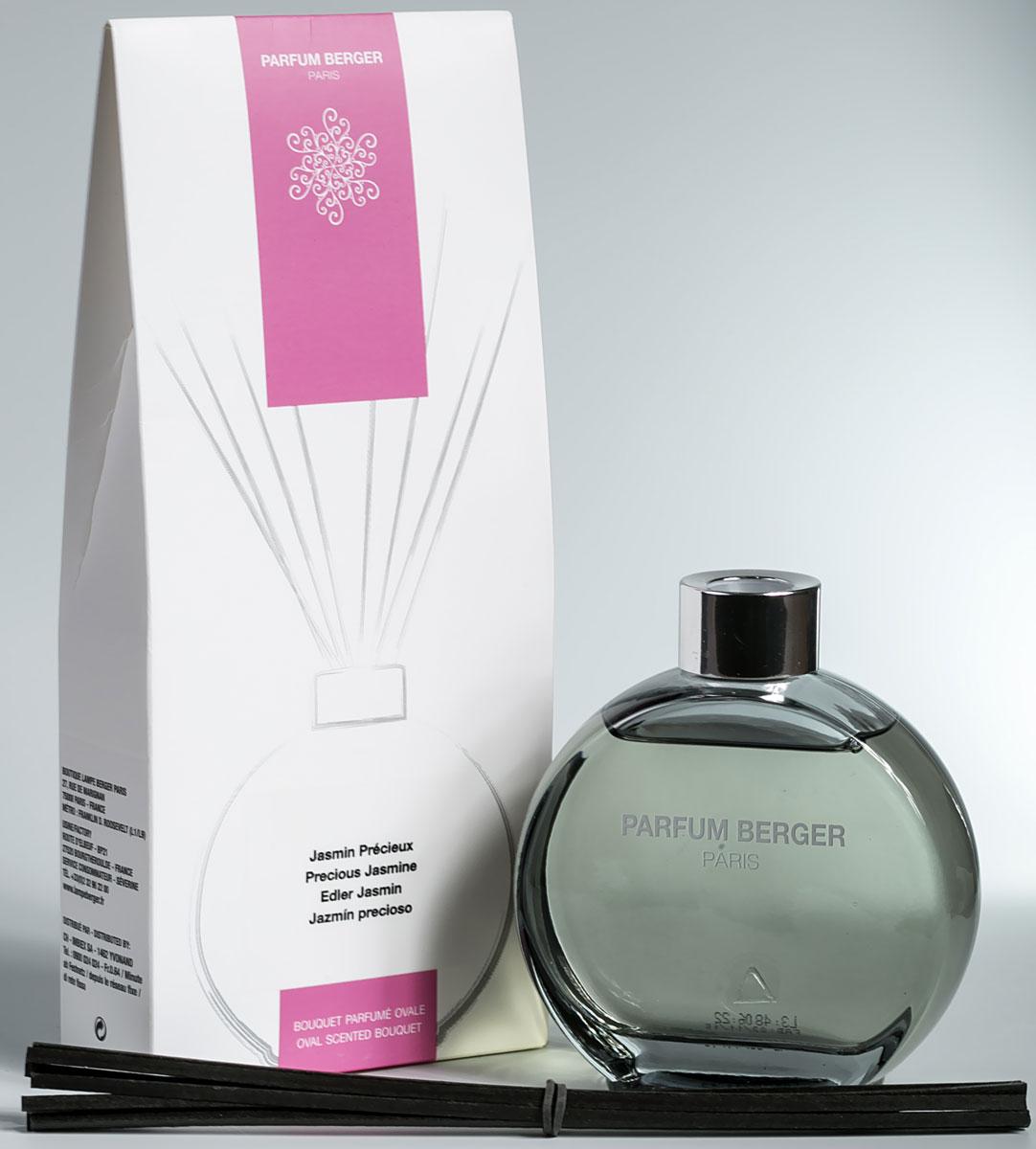 Диффузор ароматический Parfum Berger Царственный жасмин, 180 мл2000000047485Особенность диффузера Parfum Berger заключается в применении инновационных полимерных палочек, что эффективнее любых тростниковых в 5 раз. Остаточный эффект от аромажидкости остается в полимерных палочках еще на протяжении более 2-х недель и продолжает вас радовать, пока вы не дольете во флакон свой любимый аромат.Комплект состоит из подарочной коробочки, стеклянного, слегка тонированного в нежный графитовый цвет флакона объемом 180 мл, изысканной аромажидкости и комплекта полимерных палочек.