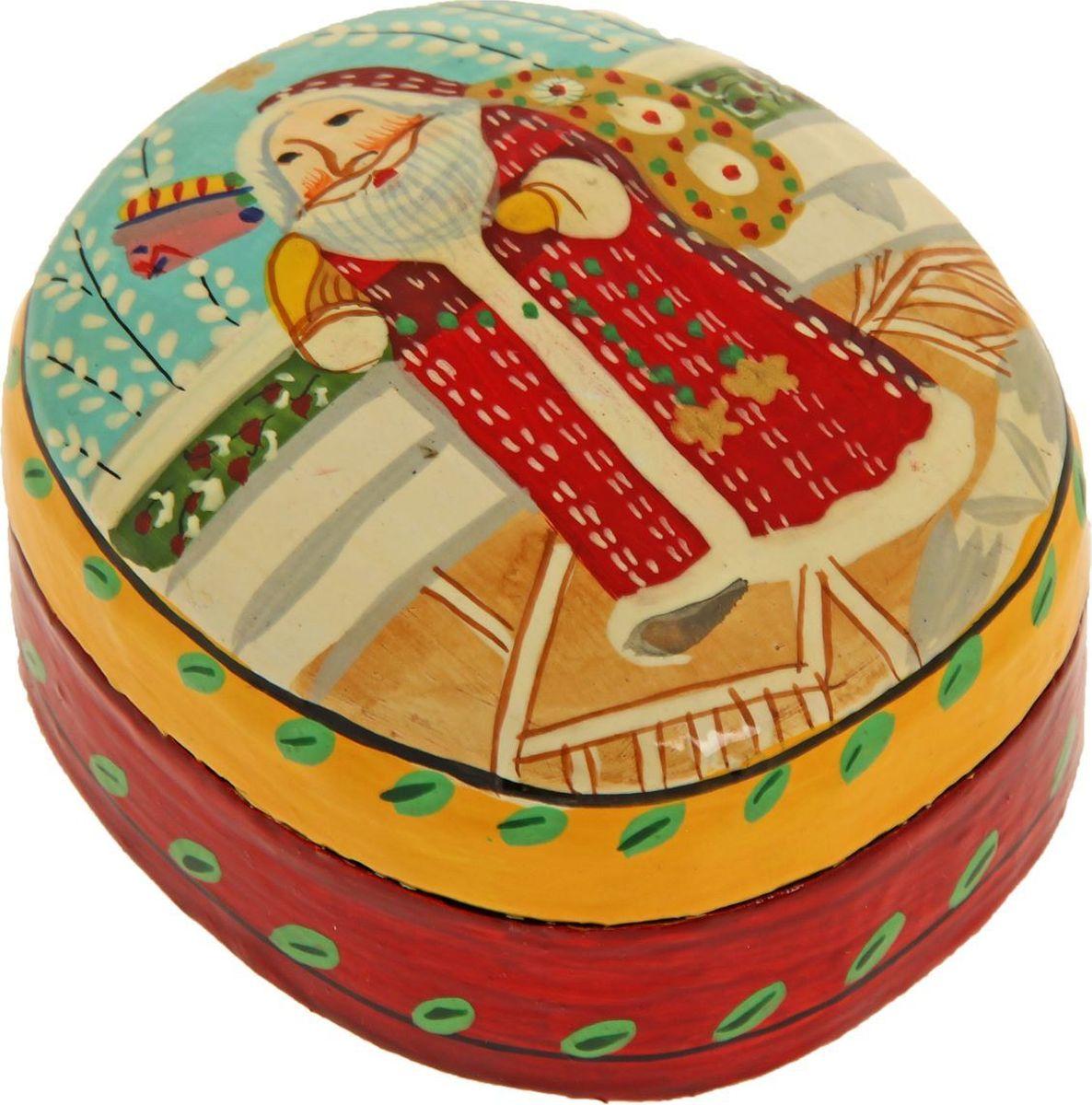 Шкатулка Sima-land Дед Мороз, цвет: красный, 4,5 х 9 х 7 см1178235Шкатулка — это небольшой сувенир, а также оригинальная упаковка подарка. Она дополнит интерьер спальни, гостиной или прихожей. Изделие предназначено для хранения украшений: колец, браслетов, часов, цепочек, колье, сережек и прочих предметов.
