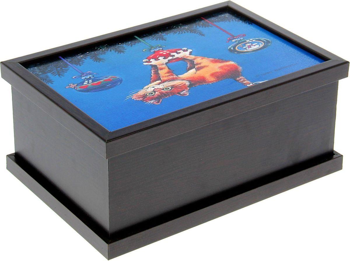 Шкатулка АГТ-Профиль Кот на шаре, цвет: черный, 26 х 13 х 18 см1610572Шкатулка — это небольшой сувенир, а также оригинальная упаковка подарка. Она дополнит интерьер спальни, гостиной или прихожей. Изделие предназначено для хранения украшений: колец, браслетов, часов, цепочек, колье, сережек и прочих предметов.