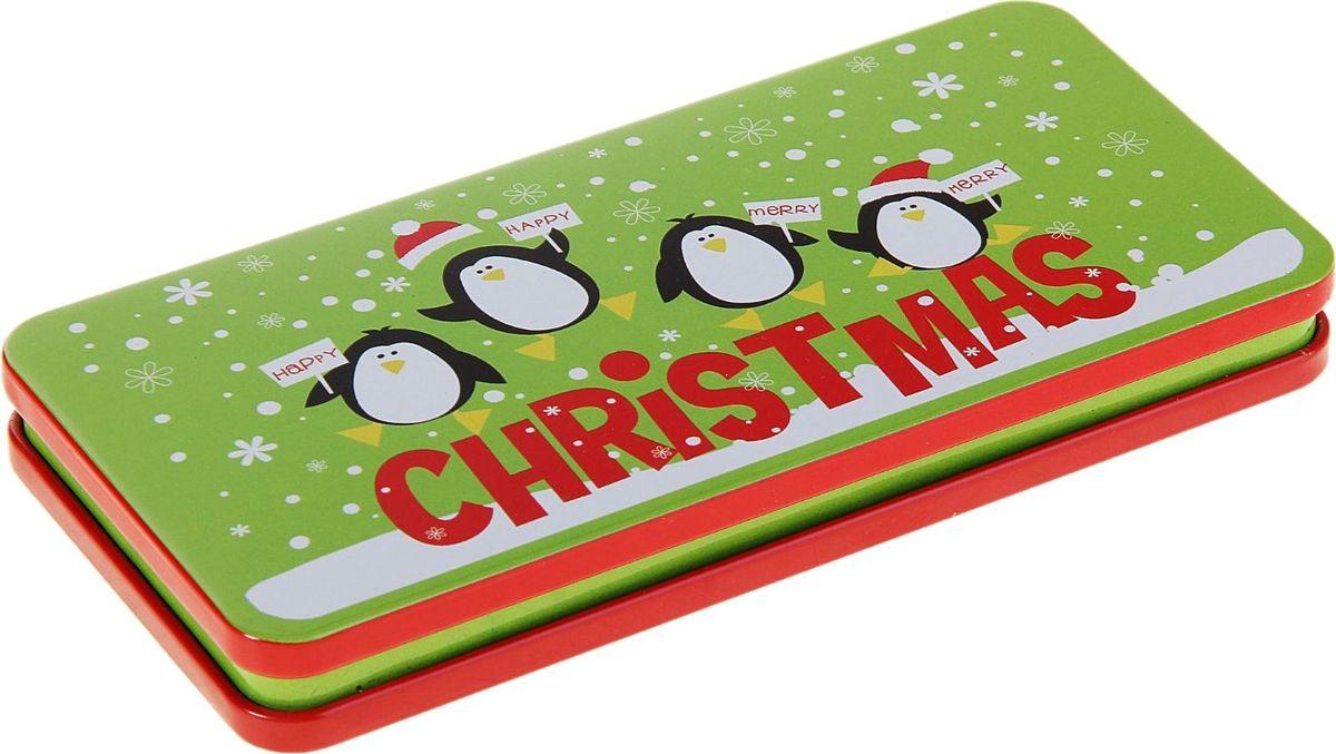 Шкатулка Sima-land Рождественские пингвины, цвет: светло-зеленый, 16,5 х 8 х 2 см233137Шкатулка — это небольшой сувенир, а также оригинальная упаковка подарка. Она дополнит интерьер спальни, гостиной или прихожей. Изделие предназначено для хранения украшений: колец, браслетов, часов, цепочек, колье, сережек и прочих предметов.