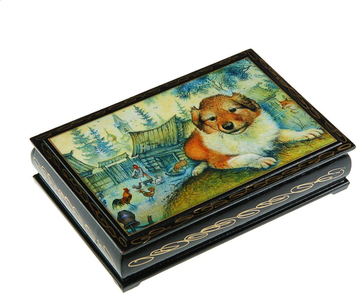 Шкатулка Sima-land Собака. Лаковая миниатюра, цвет: черный, 11 см х 16 см. 24311522431113Шкатулка — это небольшой сувенир, а также оригинальная упаковка подарка. Она дополнит интерьер спальни, гостиной или прихожей. Изделие предназначено для хранения украшений: колец, браслетов, часов, цепочек, колье, сережек и прочих предметов.