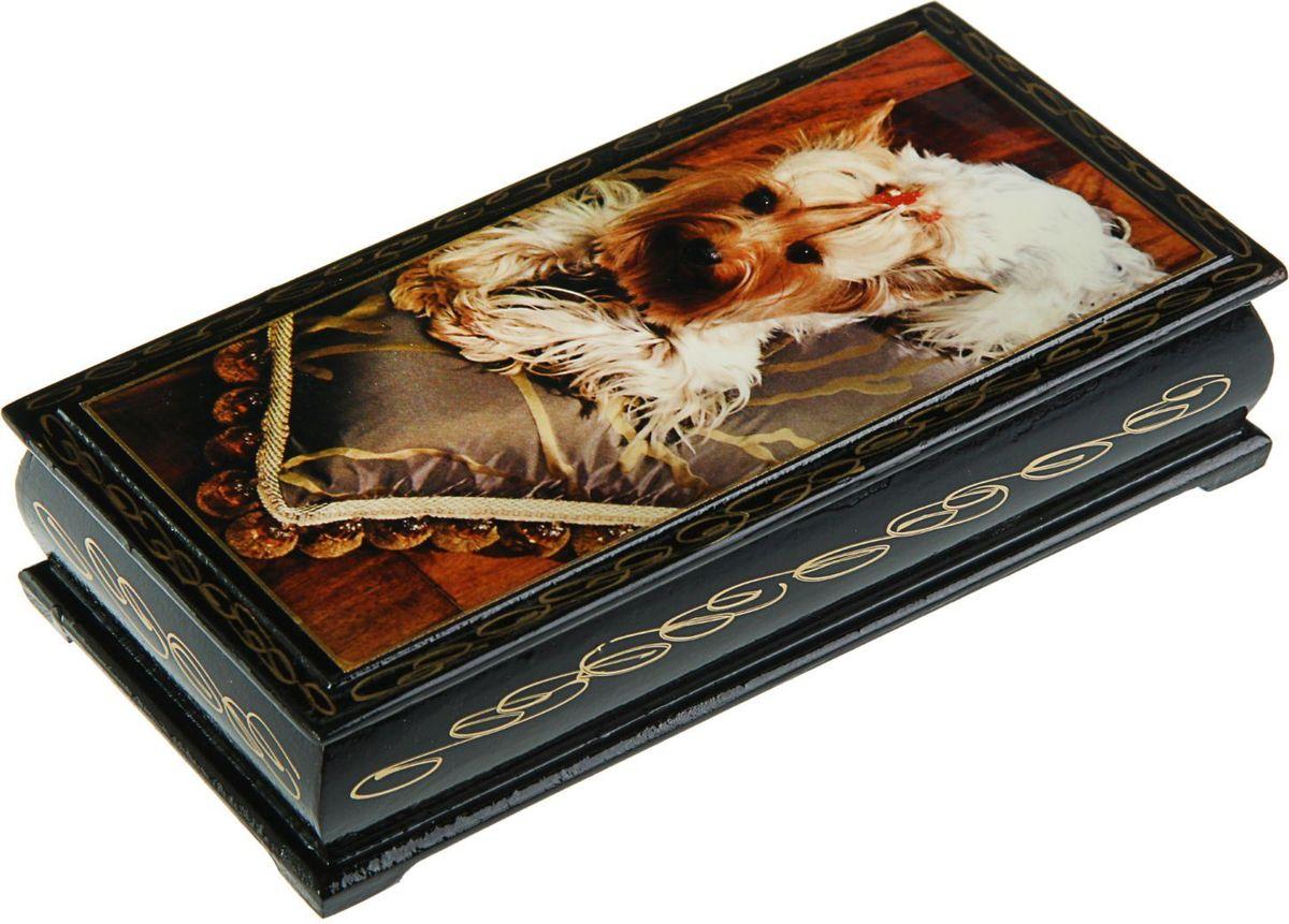 Шкатулка Sima-land Собаки. Лаковая миниатюра, цвет: темно-коричневый, 8,5 х 17 см. 15301162431148Шкатулка — это небольшой сувенир, а также оригинальная упаковка подарка. Она дополнит интерьер спальни, гостиной или прихожей. Изделие предназначено для хранения украшений: колец, браслетов, часов, цепочек, колье, сережек и прочих предметов.