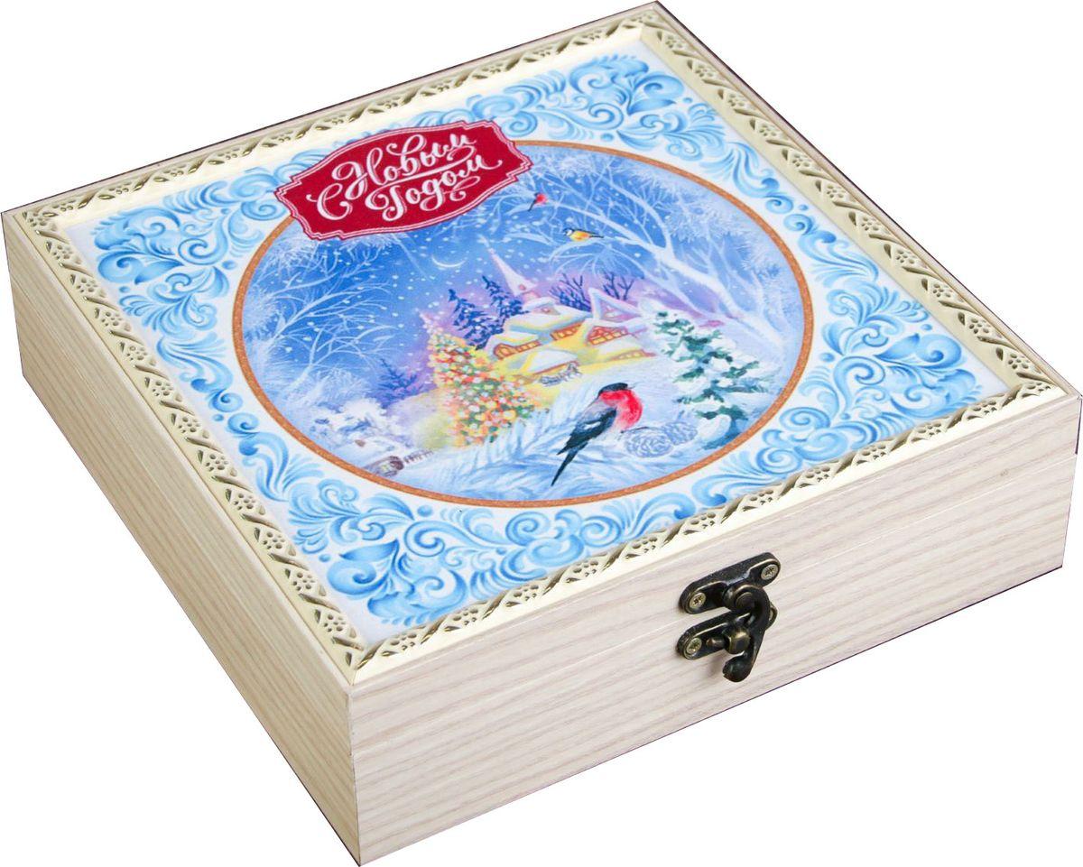 Шкатулка АГТ-Профиль Новогодняя, цвет: белый, голубой, 20 х 20 х 6,5 см2471953Шкатулка АГТ-Профиль - это небольшой сувенир, а также оригинальная упаковка подарка. Она дополнит интерьер спальни, гостиной или прихожей. Изделие предназначено для хранения украшений: колец, браслетов, часов, цепочек, колье, сережек и прочих предметов.