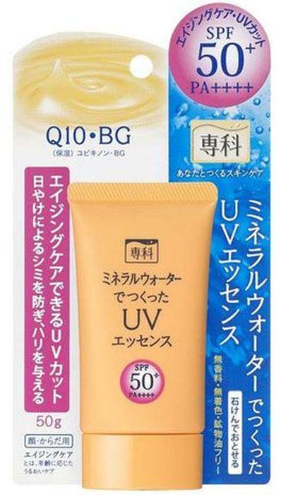 Shiseido Senka Солнцезащитная эссенция на основе минеральной воды SPF50+ РА++++, 50 г876341Солнцезащитная эссенция на основе минеральной воды надежно защищает от солнца и сохраняет кожу лица и тела гладкой и увлажненной. Имеет максимальную степень защиты и предохраняет кожу от ультрафиолетовых лучей типа А и В, предотвращая ожоги и сухость кожи. Защищает кожу от солнечных ожогов, потери эластичности, пигментных пятен и веснушек, вызванных воздействием солнца. Легко впитывается, и начинает действовать сразу после нанесения на кожу. Гиалуроновая кислота поддерживает водный баланс в клетках кожи, сохраняя подтянутость и упругость кожи. Содержит в составе минералы, которые предотвращают появление белых разводов от средства на коже. Подходит в качестве косметической основы.