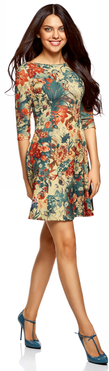 Платье oodji Ultra, цвет: бежевый, синий. 14001150-3/33038/3375F. Размер M (46)14001150-3/33038/3375FСтильное платье oodji Ultra, выполненное из качественного полиэстера с небольшим добавлением эластана, отлично дополнит ваш гардероб. Модель-мини с круглым вырезом горловины и стандартными рукавами 3/4 оформлена оригинальным цветочным принтом.