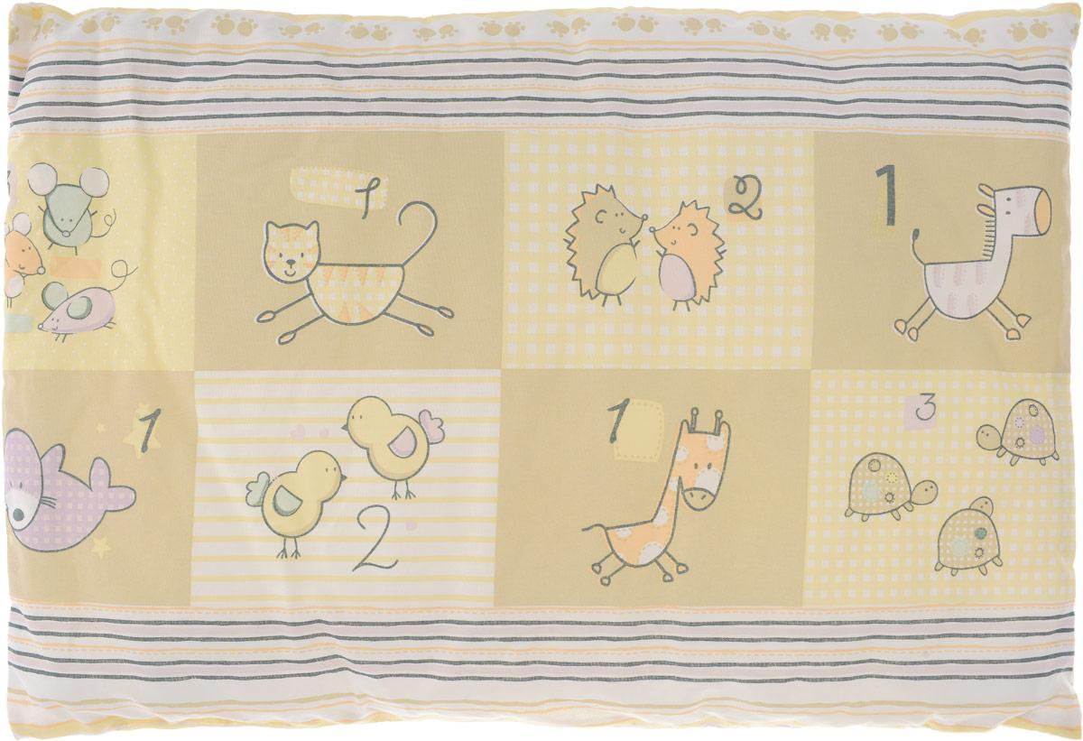 """Детская подушка Сонный гномик """"Зверюшки"""" изготовлена из бязи - 100% хлопка и создана для комфортного сна вашего малыша.Гипоаллергенные ткани - это залог спокойствия, здорового сна малыша и его безопасности. Наполнитель из синтепона (100% полиэстер) позволит коже ребенка дышать, создавая естественную вентиляцию. Мягкий и воздушный, он будет правильно поддерживать головку ребенка во время сна. Ткань наволочки - нежная и одновременно износостойкая - прослужит вам долгие годы.Уход: не гладить, только ручная стирка, нельзя отбеливать, нельзя выжимать и сушить в стиральной машине, химчистка запрещена."""