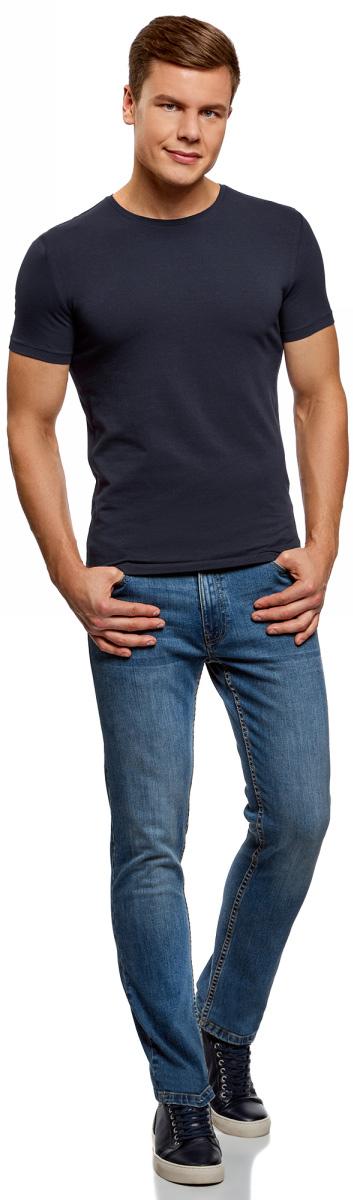Футболка мужская oodji Basic, цвет: темно-синий, 5 шт. 5B611004T5/46737N/7901N. Размер XS (44)5B611004T5/46737N/7901NМужская базовая футболка от oodji выполнена из эластичного хлопкового трикотажа. Модель с короткими рукавами и круглым вырезом горловины. В комплекте 5 футболок.