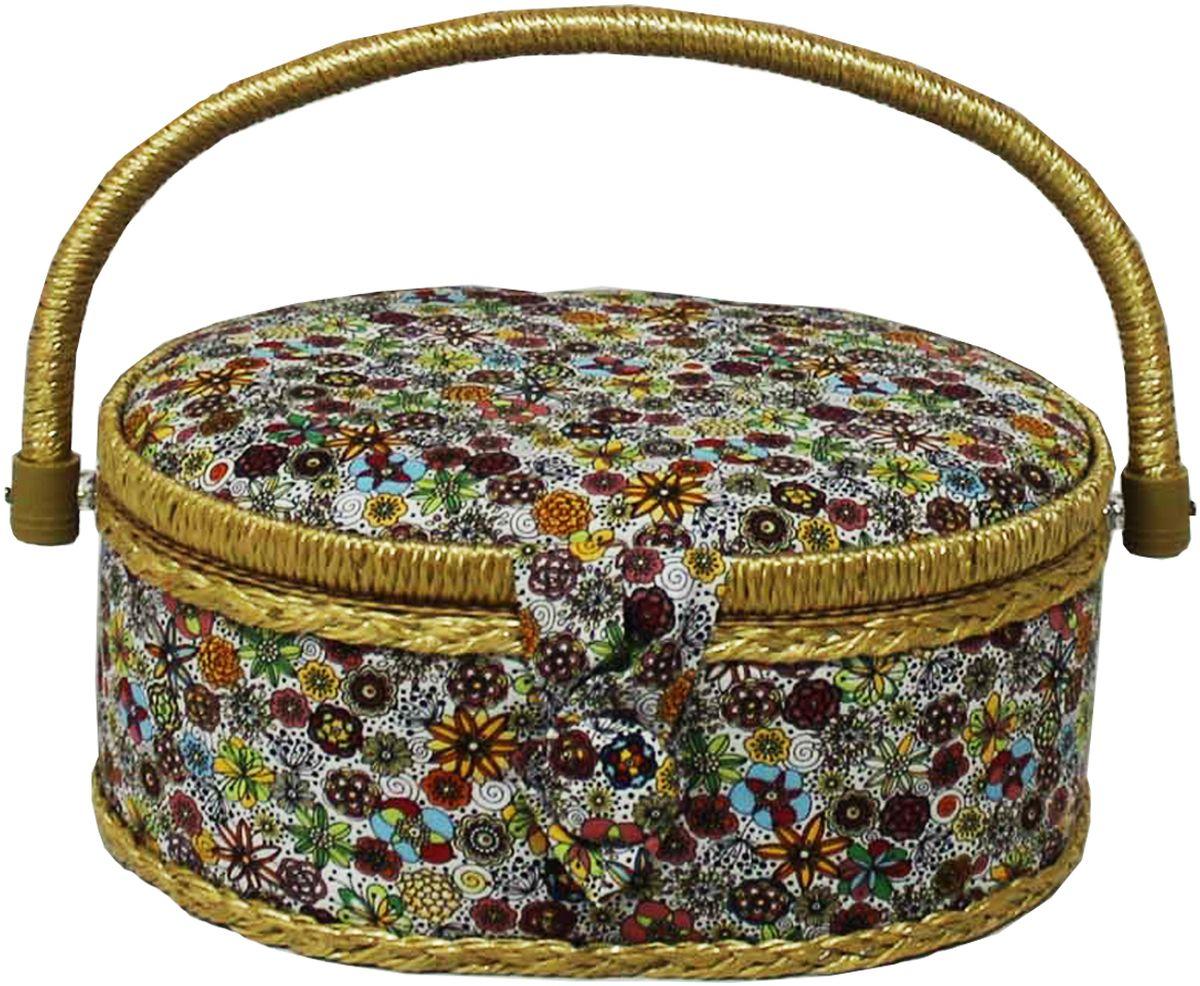 Шкатулка для рукоделия Grace & Glamour, 18 х 23 х 11 см. BN4736BN4736Интерьерная шкатулка из коллекции Весенние цветы выполнена с использованием натуральных материалов: каркас из дерева обтянут дизайнерской тканью Robert Kaufman (100% хлопок) с мягким наполнителем. Внутри шкатулка отделана искусственным шелком, имеется кармашек на резинке и шелковая игольница с двумя булавками. Шкатулка оснащена пластиковым вкладышем с 4 отсеками для мелочей. Ручка и края отделаны натуральным ротангом, который не только украшает шкатулку, но и оберегает края. Шкатулка поможет рукодельнице сорганизовать свое рабочее место, а значит, сократить время на создание своего творения. А кроме того, украсит любой интерьер и будет радовать свою обладательницу долгие годы благодаря качественному исполнению и материалам. Прекрасный подарок любой женщине!Размер вкладыша: 20,5х15х3 см.