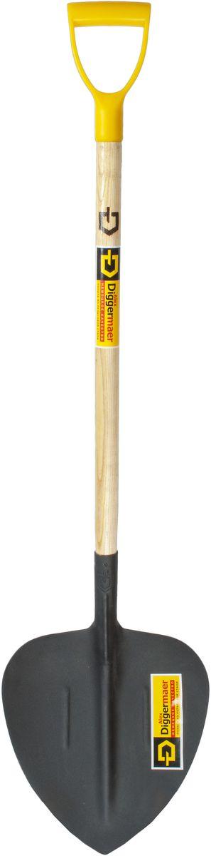Лопата совковая Alex Diggermaer, щебеночная, с черенком и ручкой, цвет: черный. D1.6С1РD1.6С1РЛопата совковая щебеночная AlexDiggermaerпредназначена для работы со щебнем, песком, гравием. Полотно лопаты имеет заостренный клинок низа, изогнутого по бокам и сверху, образуя форму совка. Такая форма полотна была разработана для большего удобства перекидывания щебня, загнутые края не дают ему высыпаться с поверхности лопаты, а заостренный конец позволяет легко внедряться в материал и так же легко освобождать лопату от щебня. Полотно лопаты изготовлено по уникальной технологии из высококачественной рельсовой стали, покрыто порошковой краской. Лопата оснащена высококачественным черенком, покрытым лаком и эргономичной легкой пластиковой ручкой.