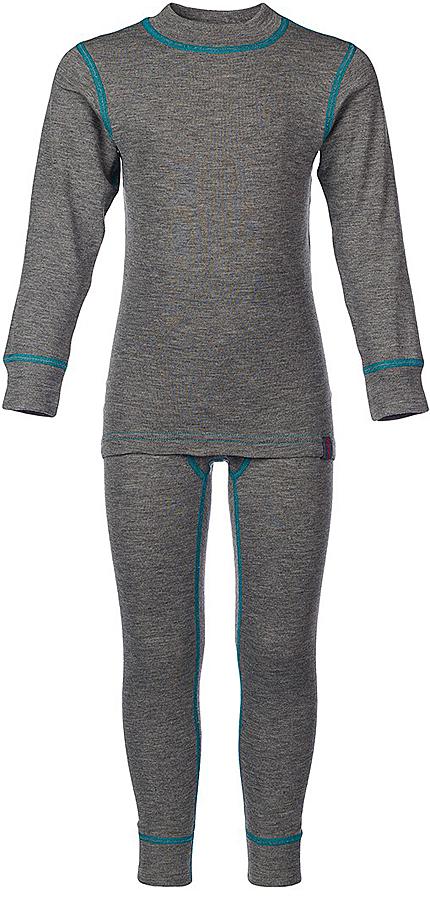 Комплект термобелья для мальчика Oldos Active Base: футболка с длинным рукавом, кальсоны, цвет: темно-серый, бирюза. 001МН. Размер 110, 5 лет001МНКомплект термобелья для мальчика Oldos Active Base, состоящий из футболки с длинным рукавом и кальсон, предназначен для сохранения тепла и отвода влаги с поверхности тела. Термобелье отличается от обычного белья лучшей способностью сохранять тепло между кожей и тканью, вдобавок оно более эластичное, благодаря чему, оно не стесняет движений, не деформируется и служит дольше. Содержащийся в термобелье воздух, соприкасаясь с телом, нагревается до комфортной температуры. Таким образом, создается защитная прослойка из теплого воздуха между кожей и холодной внешней средой. При физической нагрузке кожа ребенка выделяет влагу, которая накапливаясь в ткани обычного белья, снижает его теплосберегающие свойства. На согревание и испарение этой влаги расходуется дополнительная энергия. Термобелье отводит влагу от тела. Защитная прослойка из теплого воздуха между кожей и внешней средой за счет разницы давления выталкивает влагу из термобелья. Это снижает теплопотери организма в холодную погоду, добавляет ощущение комфорта, защищает организм от перегрева во время физических нагрузок, а также от переохлаждения и простуды после их окончания. Однослойное полотно (лицевая сторона гладкая, а изнаночная - с мягким теплым начесом).Кофта с длинными рукавами и круглым вырезом горловины. На рукавах предусмотрены широкие трикотажные манжеты. Горловина дополнена трикотажной резинкой. Кальсоны на талии имеют широкую эластичную резинку, а брючины дополнены широкими трикотажными манжетами.Комплект термобелья используется как для повседневной носки, так и для активного отдыха. Рекомендуемый температурный режим от +5°С до -25°С. Такой комплект термобелья идеально подойдет для прогулок и игр на свежем воздухе!