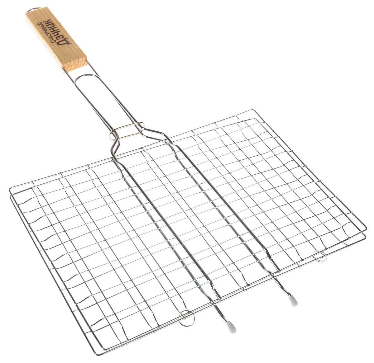 Решетка-гриль Счастливый дачник, универсальная, 30,5 х 21 смТДД15894Универсальная решетка-гриль Счастливый дачникизготовлена из высококачественной стали.На решетке удобно размещать стейки,ребрышки, гамбургеры, сосиски, рыбу иовощи.Решетка предназначена для приготовленияпищи на углях. Блюда получаются сочными,ароматными, с аппетитной специфическойкорочкой. Рукоятка изделия оснащена деревяннойвставкой и фиксирующей скобой, котораязажимает створки решетки. Размер рабочей поверхности решетки(без учета усиков): 30,5 х 21 см. Общая длина решетки (с ручкой): 53 см.