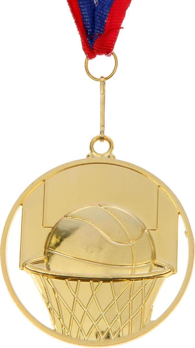 Медаль сувенирная Баскетбол, цвет: золотистый, 4,5 х 6 см. 0051387699Фигурная медаль со стильным дизайном - оригинальный, но уместный на любых соревнованияхаксессуар. Эту награду вы сможете дополнить персональной гравировкой или корпоративнойсимволикой. Если вы захотите подчеркнуть важность домашнего или корпоративногоспортивного мероприятия, оригинальным и запоминающимся итогом соревнований будетвручение медалей участникам и победителям.Диаметр медали: 6,5 см.Ширина ленты: 2,5 см.