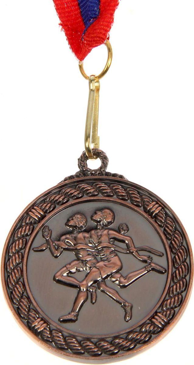 Медаль сувенирная Бег, цвет: бронзовый, диаметр 4,5 см. 013507612Медаль — знак отличия, которым награждают самых достойных. Она вручается лишь тем, кто проявил настойчивость и волю к победе. Каждое достижение — это важное событие, которое должно остаться в памяти на долгие годы. Медаль тематическая Бег d=4,5 см, цвет бронза изготовлена из металла, в комплект входит лента цвета триколор, являющегося одним из государственных символов России.Характеристики:Диаметр медали: 4 см Диаметр вкладыша (оборот): 3,5 см Ширина ленты: 2,5 см.