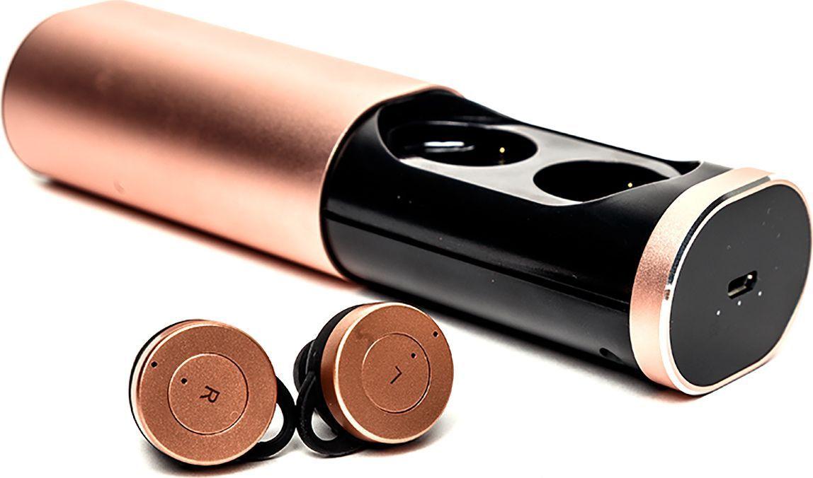 Mettle TWS-B1, Rose Gold беспроводные наушникиTWS-B1 Rose GoldНаушники Mettle TWS B1 - стильная модель, которая покорит отличным дизайном и удобным использованием. Корпус зарядного бокса сделан из легкого алюминиевого сплава, который имеет удобный автодоводчик при закрытии. Вам не придется использовать дополнительные устройства для поддержания заряда в наушниках. Просто поместите их в футляр, и наушники автоматически будут заряжаться. Благодаря встроенному магниту, они надежно крепятся внутри аккумулятора.