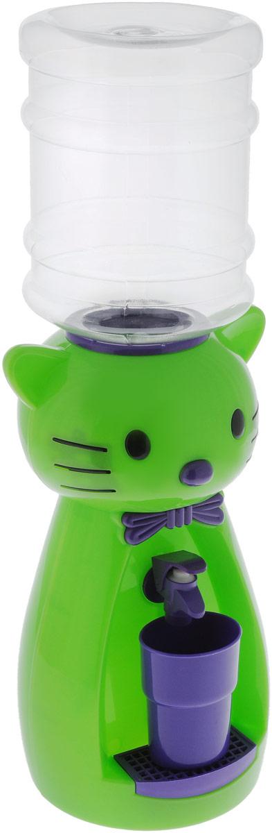 Мини-кулер для воды и сока HITT Мультик. Китти, цвет: зеленый, фиолетовый, 2 лН25200_зеленый, фиолетовыйДетский мини-кулер HITT Мультик. Китти выполнен из экологически чистого пластика. Изделие не греет и не охлаждает воду, поэтому вы можете не беспокоиться, что ребенок обожжется или простудит горло. Соки, компоты, отвары трав в этом кулере будут для малыша более привлекательны, чем лимонад и другие вредные для организма напитки. Кроха с удовольствием будет наливать напиток из кулера в небольшой стаканчик совсем как взрослый. Изделие легкое и компактное, поэтому его можно взять с собой на дачу или на пикник. Яркий дизайн, сочные цвета и веселый персонаж сделают такой кулер украшением стола на детском празднике.Ребенок станет потреблять больше жидкости. Вам не придется уговаривать его выпить молоко или компот.Стакан входит в комплект.Высота мини-кулера (с учетом бутылки): 49 см. Размер стаканчика: 6,5 х 5 х 8,5 см. Высота бутылки: 18 см.
