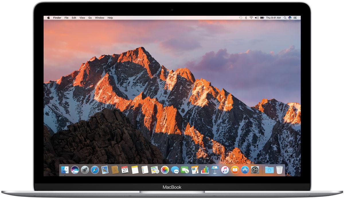 Apple MacBook 12, Silver (MNYJ2RU/A)MNYJ2RU/AApple MacBook 12 - стильный и инновационный ноутбук будущего. Это легкий и ультратонкий мобильныйкомпьютер с длительным сроком автономной работы и цельным дизайном.Клавиатура обновлена от А до Я.Каждый компонент клавиатуры был спроектирован специально для нового MacBook: основной механизм, формаизгиба клавиш и даже новый уникальный шрифт. В результате клавиатура стала гораздо тоньше, чем всепредыдущие. Теперь, когда вы нажимаете на клавишу, она чётко опускается и поднимается без малейшихзадержек - и ваш текст набирается быстрее и точнее. Новый механизм бабочка представляет собой цельныйэлемент, изготовленный из более жёстких материалов, с большей площадью опоры. Благодаря этому клавишистали более устойчивыми, точнее реагируют на нажатия и при этом занимают меньше места по высоте. Этаинновационная технология обеспечивает более чёткую и стабильную работу вне зависимости от того, накакую часть клавиши вы нажимаете.Для нового MacBook были созданы более тонкие клавиши с более широкой поверхностью и глубоким изгибом,чтобы палец точнее попадал в центр и нажатие получалось более естественным. На первый взгляд измененияминимальны, но работать с клавиатурой стало ощутимо проще и удобнее. А в сочетании с механизмомбабочка новая клавиатура позволяет печатать с гораздо большей точностью.Потрясающая реалистичность изображения - не единственное достоинство 12-дюймового дисплея Retina нановом MacBook. Он ещё и невероятно тонкий. На самом деле, это самый тонкий дисплей Retina, который когда- либо использовался на Mac: всего 0,88 миллиметра. Специально разработанный процесс автоматическогопроизводства позволяет выпускать стекло толщиной всего 0,5 миллиметра, которое полностью покрываетэкран. Увеличенная апертура пикселей позволяет пропускать больше света, а также сократитьэнергопотребление подсветки LED на 30% по сравнению с дисплеями Retina на других ноутбуках Mac, сохранивтот же уровень яркости.Трекпад Force TouchВнешне новый трекпад For