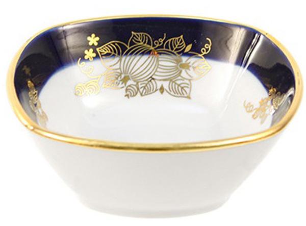 Салатник Дулевский Фарфор Ягоды, 150 мл060342Салатник Дулевский Фарфор выполнен из высококачественного фарфора, покрытого глазурью. Такой салатник отлично подойдет для подачи салатов, закусок, нарезок. Он красиво дополнит сервировку стола и станет полезным приобретением для кухни.