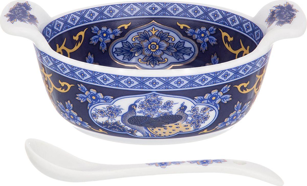 Набор для специй Elan Gallery Павлин синий, с ложкой, 100 мл. 180710180710Солонка-кадушка для специй с ложечкой в комплекте может использоваться как солонка или как соусница. Миниатюрная, изящная украсит Вашу сервировку в повседневной жизни. Изделие имеет подарочную упаковку, поэтому станет желанным подарком для Ваших близких!