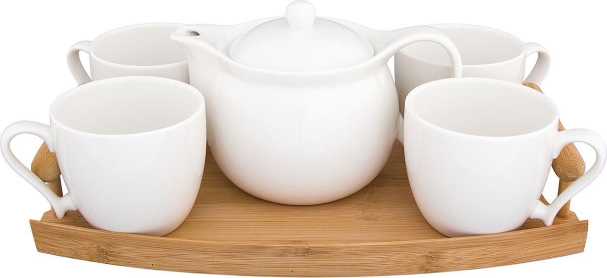 Набор чайный Elan Gallery Айсберг, на деревянном подносе, 5 предметов. 540164540164Чайный набор Айсберг украсит Ваше чаепитие. В комплекте 5 предметов ,чайник объемом 710 мл, чашка 4 шт. 250 мл. на деревянном подносе. Изделие имеет подарочную упаковку, поэтому станет желанным подарком для Ваших близких!