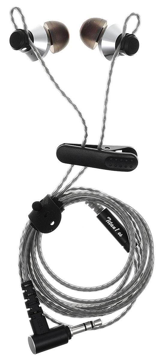 DUNU Titan1es, Silver наушники15119116DUNU TITAN1es – это внутриканальные наушники с отличной звукоизоляцией и комфортной посадкой. Выходкабеля сделан таким образом, что наушники удобно носить обоими способами, как обычным, так и с проводом,проходящим над ухом. Наслаждайтесь музыкой везде, где пожелаете.Качественный металлический корпус спроектирован таким образом, чтобы гасить нежелательные резонансызвуковых волн. Драйвер с диафрагмой нано-класса прекрасно передаёт звуковые переходы, при этомобеспечивает естественный и энергичный звук, воссоздавая атмосферу живых выступлений.