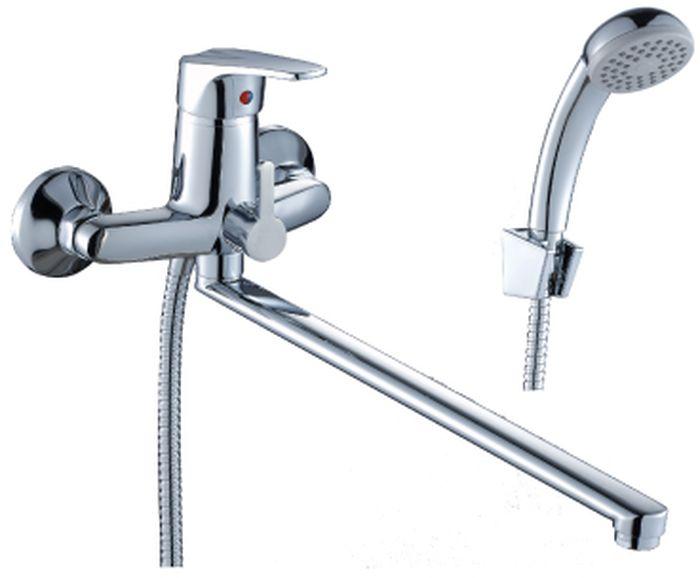 Смеситель Rossinka, для ванны. D40-32D40-32Смеситель для ванны с плоским поворотным изливом Rossinka изготовлен высококачественного металла. Комплектация:Пластиковый аэратор с функцией легкой очистки; Керамический картридж 40 мм; Переключатель с керамическими пластинами; Аксессуары: (шланг 1,5 м, настенное крепление, 1-функциональная лейка с функцией легкой очистки); Присоединительная группа (эксцентрики с отражателями) для вертикального крепления; Металлическая рукоятка. Смесители Rossinka были разработаны российским институтом НИИ Сантехники, что позволило произвести продукт, максимально подходящий под условия эксплуатации в нашей стране (жесткая вода, частые перепады температуры и напора воды).НИИ Сантехники рекомендует установку смесителей Rossinka в жилых помещениях, в детских, лечебно-профилактических, дошкольных и школьных учреждениях.Наличие международного сертификата ISO 9001 гарантирует стабильность качества выпускаемой продукции.Сервисная сеть насчитывает 90 гарантийных мастерских по России и странам СНГ. Плановый срок службы смесителей 30 лет.Гарантия на корпус смесителя при условии использования в бытовых условиях 7 лет.
