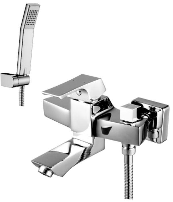 Смеситель Lemark Unit, для ванны. LM4514CLM4514CUNIT LM4514C.Смеситель для ванны с фиксированным изливом.Комплектация:• аэратор Neoperl® Cascade®• эко-картридж Sedal® 35 мм• переключатель с керамическими пластинами• аксессуары в комплекте: шланг 1,5 м, настенное поворотное крепление, 1-функциональная лейка• металлическая рукояткаСмесители LEMARK рассчитаны на 30 лет комфортной эксплуатации.В них соединены современные технологии производства и продуманный конструктив. Установлены комплектующие от известных мировых производителей, являющихся лидерами в своих сегментах:• немецкие аэраторы Neoperl – устройства, регулирующие расход воды;• керамические картриджи и кран-буксы испанской фирмы Sedal.Вся продукция LEMARK устанавливается не только в частном секторе, но и с успехом эксплуатируется в офисах Hewlett-Packard, Walt Disney Studios Sony Pictures Releasing, Mail.ru Group, а также в новом терминале аэропорта «Толмачево» в Новосибирске.Сегодня на смесители LEMARK установлен беспрецедентный 10-летний период бесплатного сервисного обслуживания. Данное условие действует, даже если монтаж изделий производится покупателями cамостоятельно.Сервисная сеть насчитывает 90 гарантийных мастерских по России и странам СНГ.