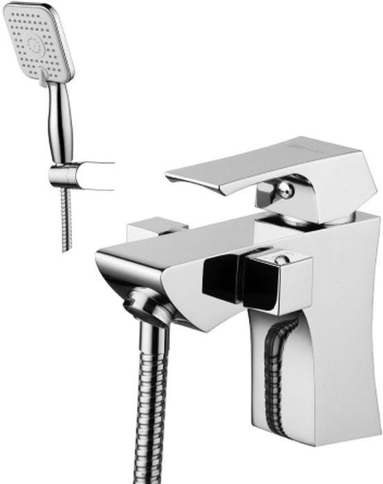Смеситель Lemark Unit, на борт ванны. LM4515CLM4515CUNIT LM4515C.Смеситель на борт ванны с монолитным изливом.Комплектация:• аэратор Neoperl® Cascade®• эко-картридж Sedal® 35 мм• переключатель с керамическими пластинами• аксессуары в комплекте: шланг 2 м, настенное поворотное крепление, 3-функциональная лейка• гибкая подводка 1/2 35 см• металлическая рукояткаСмесители LEMARK рассчитаны на 30 лет комфортной эксплуатации.В них соединены современные технологии производства и продуманный конструктив. Установлены комплектующие от известных мировых производителей, являющихся лидерами в своих сегментах:• немецкие аэраторы Neoperl – устройства, регулирующие расход воды;• керамические картриджи и кран-буксы испанской фирмы Sedal.Вся продукция LEMARK устанавливается не только в частном секторе, но и с успехом эксплуатируется в офисах Hewlett-Packard, Walt Disney Studios Sony Pictures Releasing, Mail.ru Group, а также в новом терминале аэропорта «Толмачево» в Новосибирске.Сегодня на смесители LEMARK установлен беспрецедентный 10-летний период бесплатного сервисного обслуживания. Данное условие действует, даже если монтаж изделий производится покупателями cамостоятельно.Сервисная сеть насчитывает 90 гарантийных мастерских по России и странам СНГ.