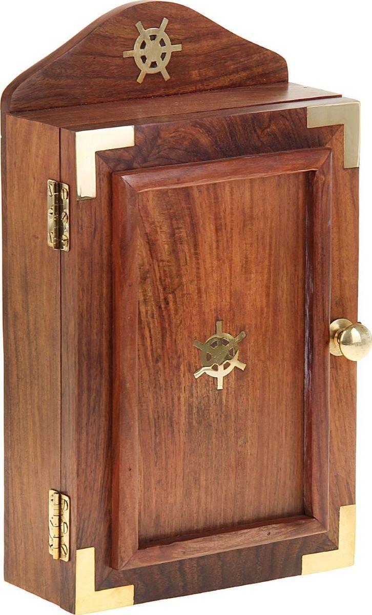 Ключница настенная Золотой ключик, 29,5 х 17,5 х 9 см1044723Чтобы ключи вы не теряли,Чтоб было всё в едином месте.Волшебный ключик мастера создали,И на него ключи развесьте. Крючку комфортно у входных дверей,Там разместить его мудрей.Чтобы не шарить по карманам,По тумбочкам чтобы не рыскать,Для ключиков своеобразная охрана,Посмотрите… и будет сразу он отыскан.