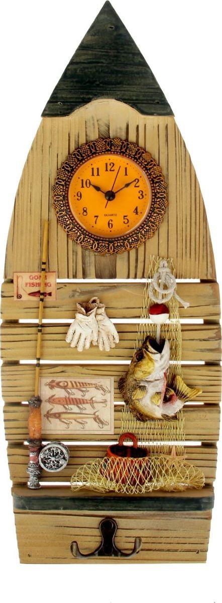 Ключница-часы настенная Рыбацкая удача, 39 х 15,5 х 4,5 см659822Эти крючки наверняка понравятся тем, кто любит морские путешествия или речные рыбалки и, даже находясь дома, стремится окружить себя предметами, напоминающими о водной стихии и любимых времяпрепровождениях. На крючки можно повесить разные мелочи, которые часто бывают нужны, но при этом в остальное время не должны мешать или теряться из виду. Аксессуар, который отличается не только оригинальным внешним видом, но также несомненным качеством и удобством в использовании.