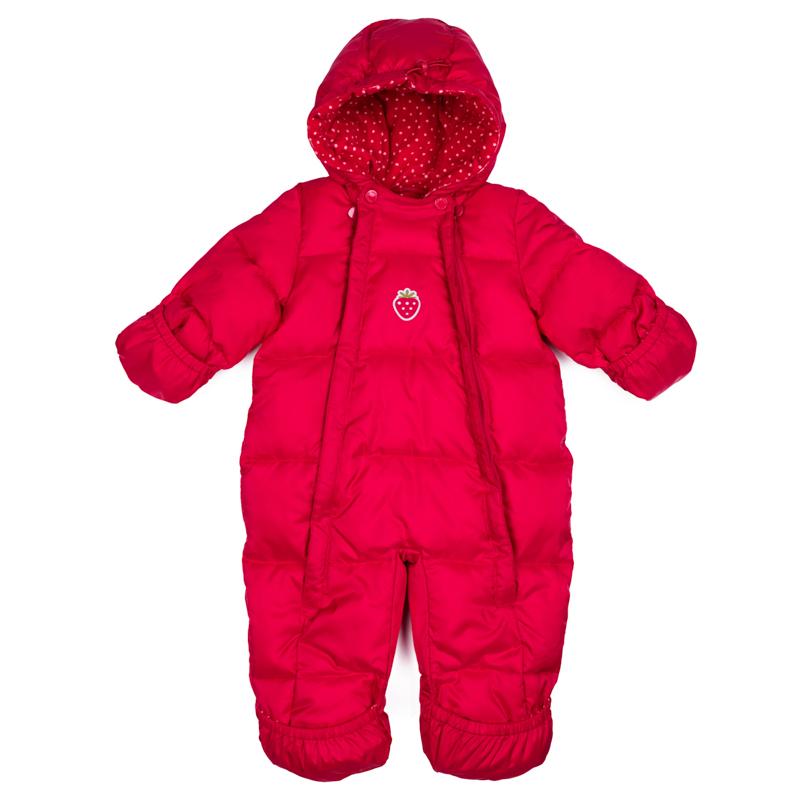 Комбинезон утепленный для девочки PlayToday, цвет: красный. 378801. Размер 68/74378801Теплый комбинезон PlayToday выполнен из водонепроницаемой ткани. Подкладка модели из натурального велюра. Модель застегивается на две молнии. Манжеты и низ штанин дополнены специальными карманами, с помощью которым, при необходимости можно закрыть и руки, и ноги ребенка. По контуру встрочного капюшона расположен регулируемый шнур-кулиска. В качестве декора использована небольшая аппликация.