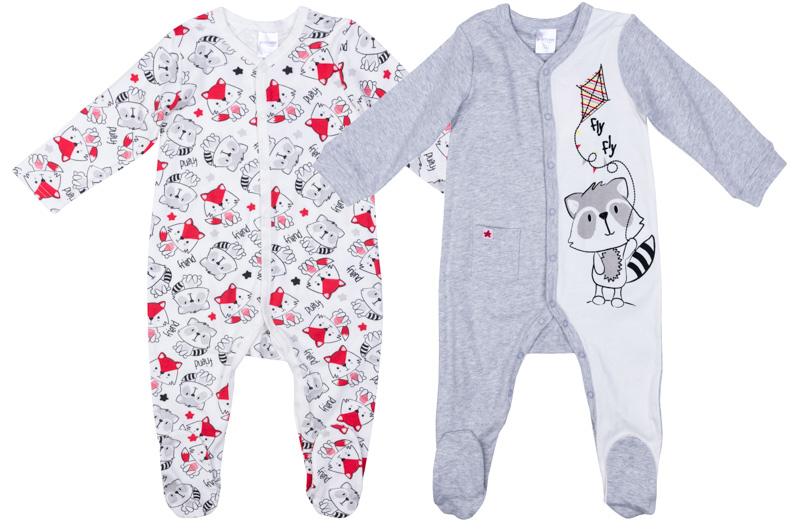 Комбинезон для мальчика PlayToday, цвет: серый, белый, красный, 2 шт. 377809. Размер 68377809Комплект комбинезонов PlayToday разнообразит гардероб ребенка. По всей длине изделий расположены удобные застежки-кнопки. В коллекциях для новорожденных предусмотрены специальные манжеты, которые можно превратить в рукавички - ребенок не сможет себя поранить и оцарапать. Натуральный материал и аккуратные швы не вызывают раздражений нежной детской кожи. Модели декорированы принтами. Одна из моделей дополнена маленьким карманом.