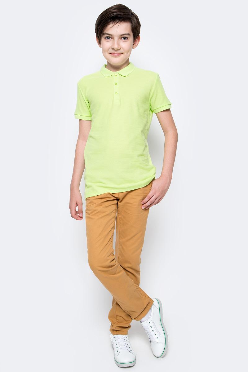 Поло для мальчика Sela, цвет: cветлый лайм. Tsp-811/607-7224. Размер 146Tsp-811/607-7224Стильная футболка-поло для мальчика Sela выполнена из натурального хлопка Модель прямого кроя с отложным воротничком, застегивающимся на пуговицы, подойдет для прогулок и дружеских встреч и будет отлично сочетаться с джинсами, брюками и шортами.Яркий цвет модели позволяет создавать стильные образы.
