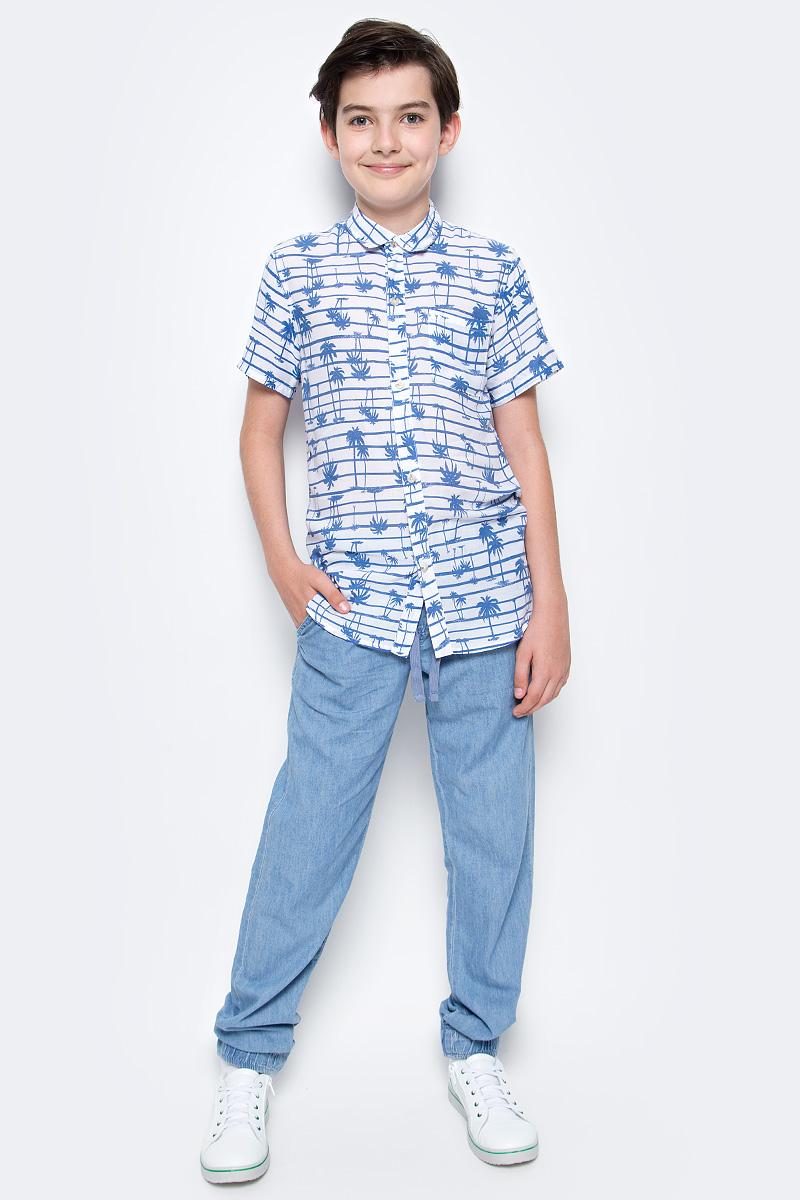 Джинсы для мальчика Sela Denim, цвет: голубой джинс. PJ-835/309-7213. Размер 134, 9 летPJ-835/309-7213Стильные джинсы для мальчика Sela выполнены из натурального хлопка. Джинсы свободного кроя и стандартной посадки на талии имеют широкий пояс на мягкой резинке, дополнительно регулируемый тесьмой. Модель дополнена двумя втачными карманами спереди и двумя накладными карманами сзади. Низ брючин собран на резинку.