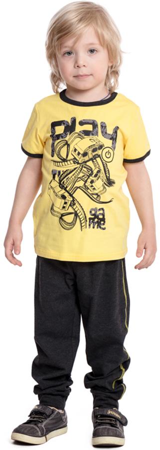 Комплект одежды для мальчика PlayToday: футболка, брюки, цвет: желтый, темно-серый. 371038. Размер 104371038Комплект PlayToday состоит из футболки и брюк. Натуральный, приятный к телу материал не сковывает движений. Пояс брюк на широкой мягкой резинке, дополнен регулируемым шнуром-кулиской. Низ штанин на мягких манжетах. Футболка м коротким рукавом декорирована ярким принтом.