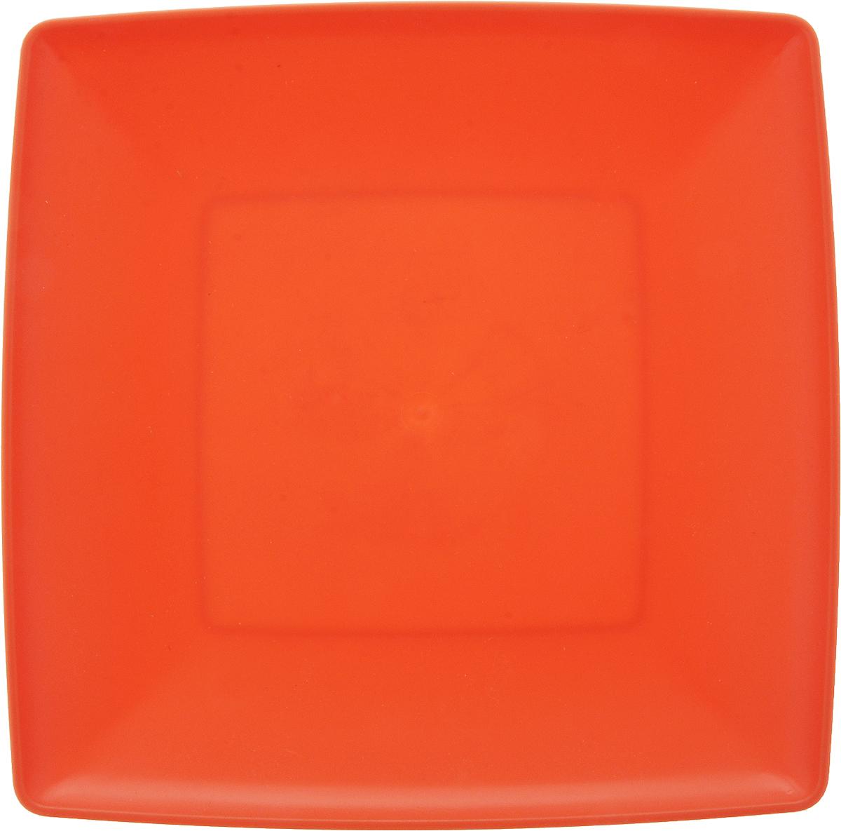 Тарелка Gotoff, цвет: оранжевый, 19 х 19 смWTC-631_оранжевыйКвадратная тарелка Gotoff выполнена из прочного пищевого полипропилена. Изделие отлично подойдет как для холодных, так и для горячих блюд. Его удобно использовать дома или на даче, брать с собой на пикники и в поездки. Отличный вариант для детских праздников. Такая тарелка не разобьется и будет служить вам долгое время.Можно использовать в СВЧ, ставить в морозилку при температуре -25°С и мыть в посудомоечной машине при температуре +95°С.