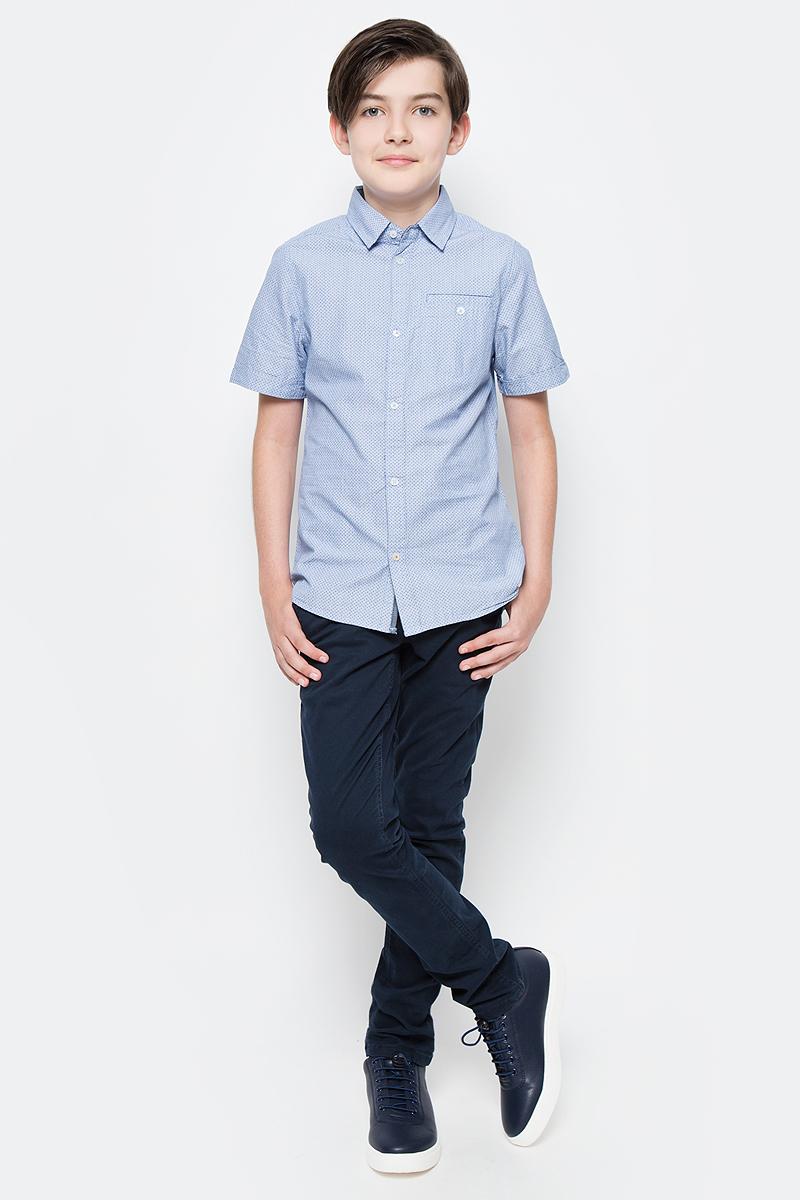 Брюки для мальчика Tom Tailor, цвет: темно-синий. 6404953.00.30_6975. Размер 1586404953.00.30_6975Стильные брюки для мальчика Tom Tailor изготовлены из хлопка с добавлением эластана.Модель, стилизованная под джинсы, на таллии имеет широкий пояс, застегивающийся на пуговицу. Так же предусмотрены ширинка и шлевки для ремня. Спереди изделие дополнено двумя втачными карманами, а сзади - двумя прорезными.