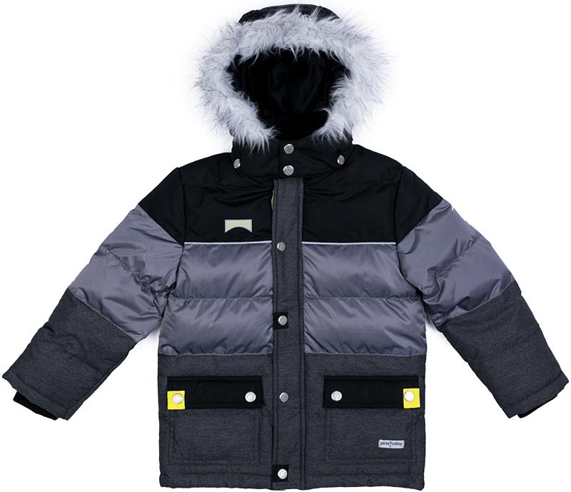 Куртка для мальчика PlayToday, цвет: серый, черный. 371101. Размер 128371101Теплая куртка от PlayToday на молнии. Специальный карман для фиксации бегунка не позволит застежке травмировать нежную детскую кожу. Капюшон на кнопка декорирован опушкой из искусственного меха. По контуру капюшона расположен регулируемый шнур-кулиска. Наружная часть модели выполнена из сочетаний разных фактур. Куртка дополнена снегозащитной юбкой. Манжеты и внутренняя часть воротника-стойки выполнены из плотного трикотажа для дополнительного сохранения тепла. Светоотражатели обеспечат безопасность ребенка в темное время суток. Куртка с накладными карманами. Подкладка выполнена из мягкого флиса.