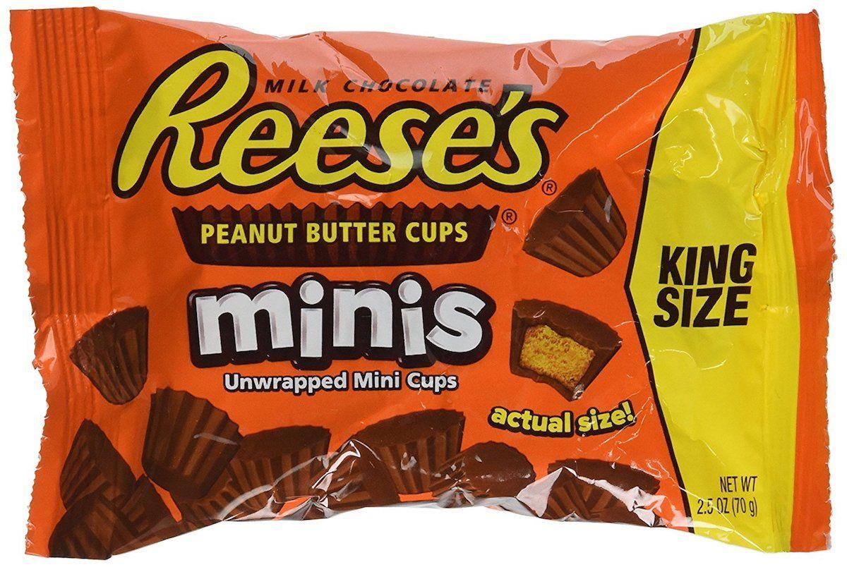 Reese's корзинки шоколадные мини, 70 г пудовъ кексики шоколадные 250 г