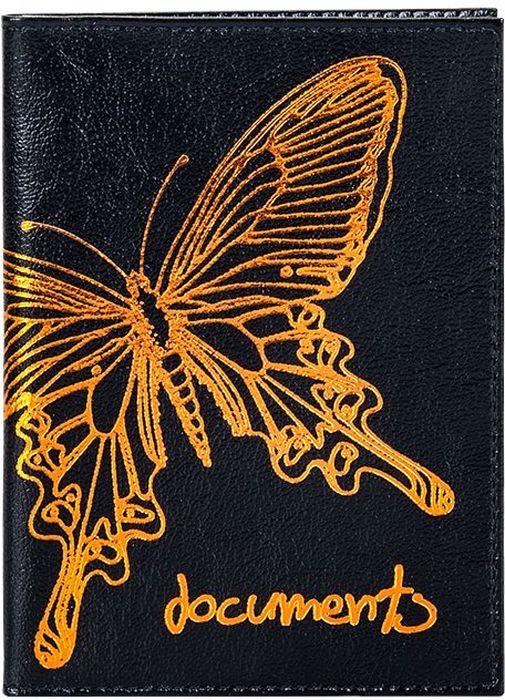 Бумажник водителя женский Fabula Butterfly, цвет: черный. BV.35.LDНатуральная кожаБумажник для водителя из коллекции Fabula Butterfly выполнен из натуральной кожи. На внутреннем развороте 2 кармана из прозрачного пластика, внутренний блок из прозрачного пластика для документов водителя (6 карманов). Такой бумажник станет отличным подарком для человека, который ценит качественные и практичные вещи.
