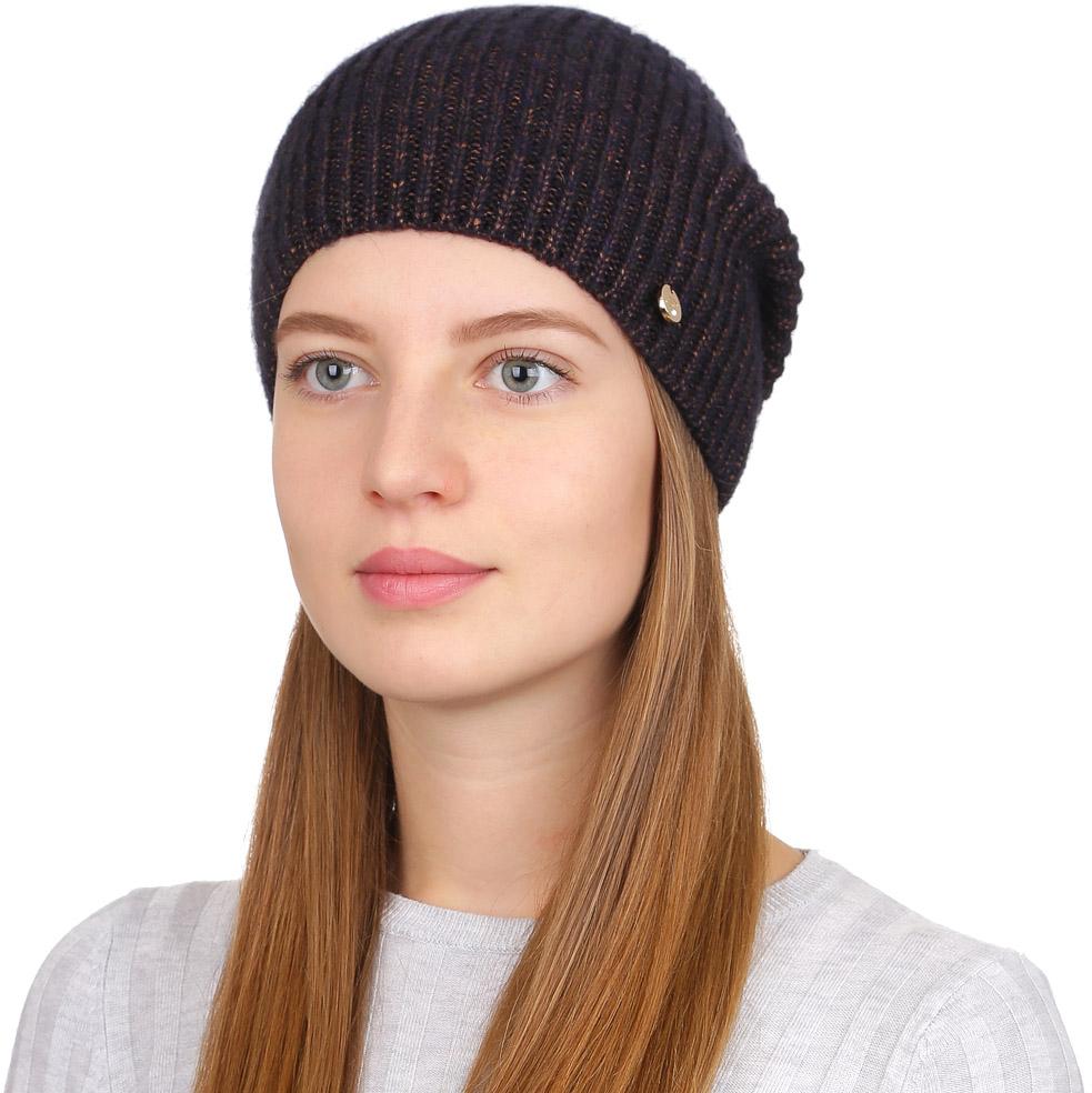 Шапка женская Fabretti, цвет: коричневый. F2017-9-85. Размер универсальныйF2017-9-85Универсальная женская шапка от Fabretti выполнена из шерсти с добавлением полиамида. Простой аккуратный дизайн поможет вам дополнить любой современный образ, а также создать неповторимый модный и элегантный стиль. Такой аксессуар можно сочетать с любым нарядом.